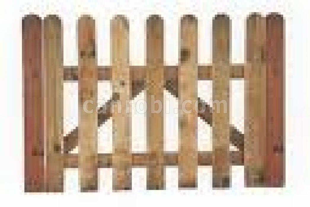 Ca 39 n robi productos maderas tratadas for Piscina cuadrada 2x2